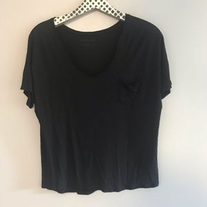 Everlane Black Scoop Neck Pocket Tee